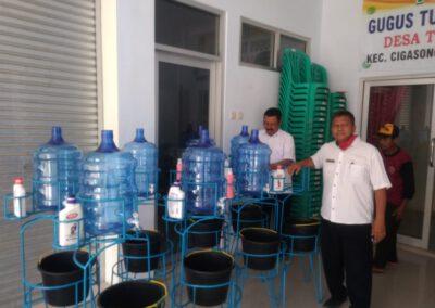 Kades Tenjolayar Sebar Tempat Cuci Tangan Fortable