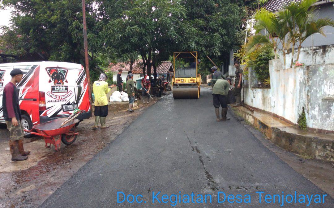 Sepanjang 440 Meter Jalan Desa Tenjolayar Dihotmix Pemda Majalengka
